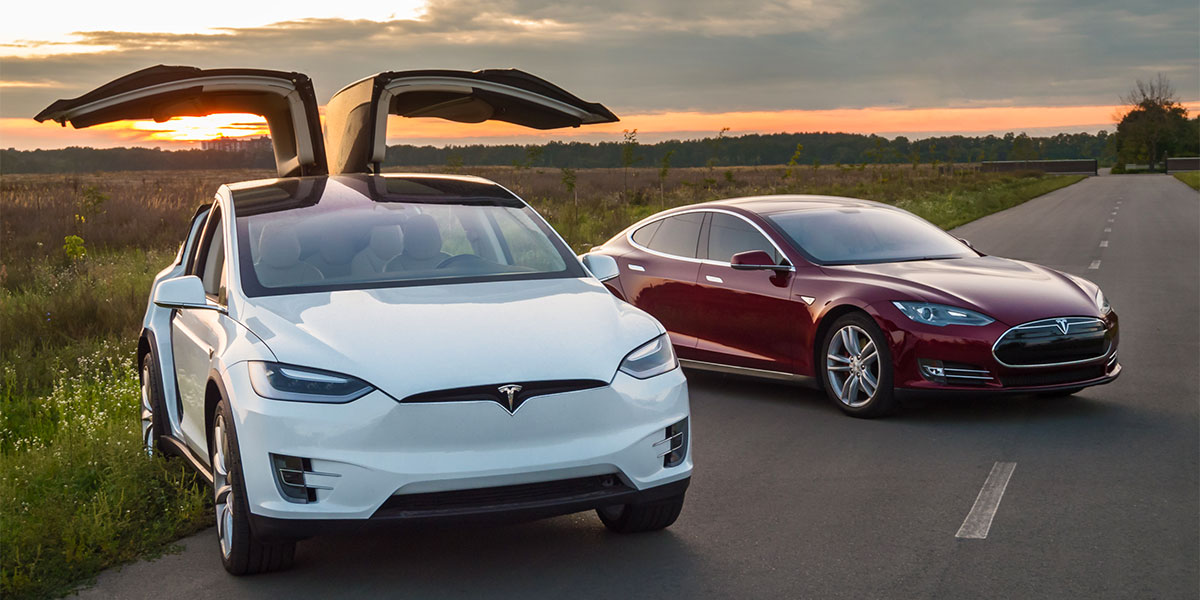 kniesels collision tesla specialized location